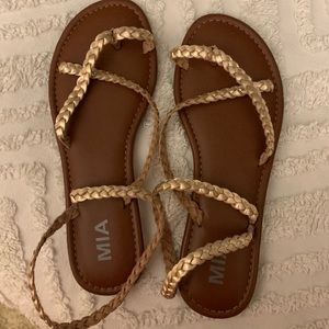 NWOT rose gold Mia sandals